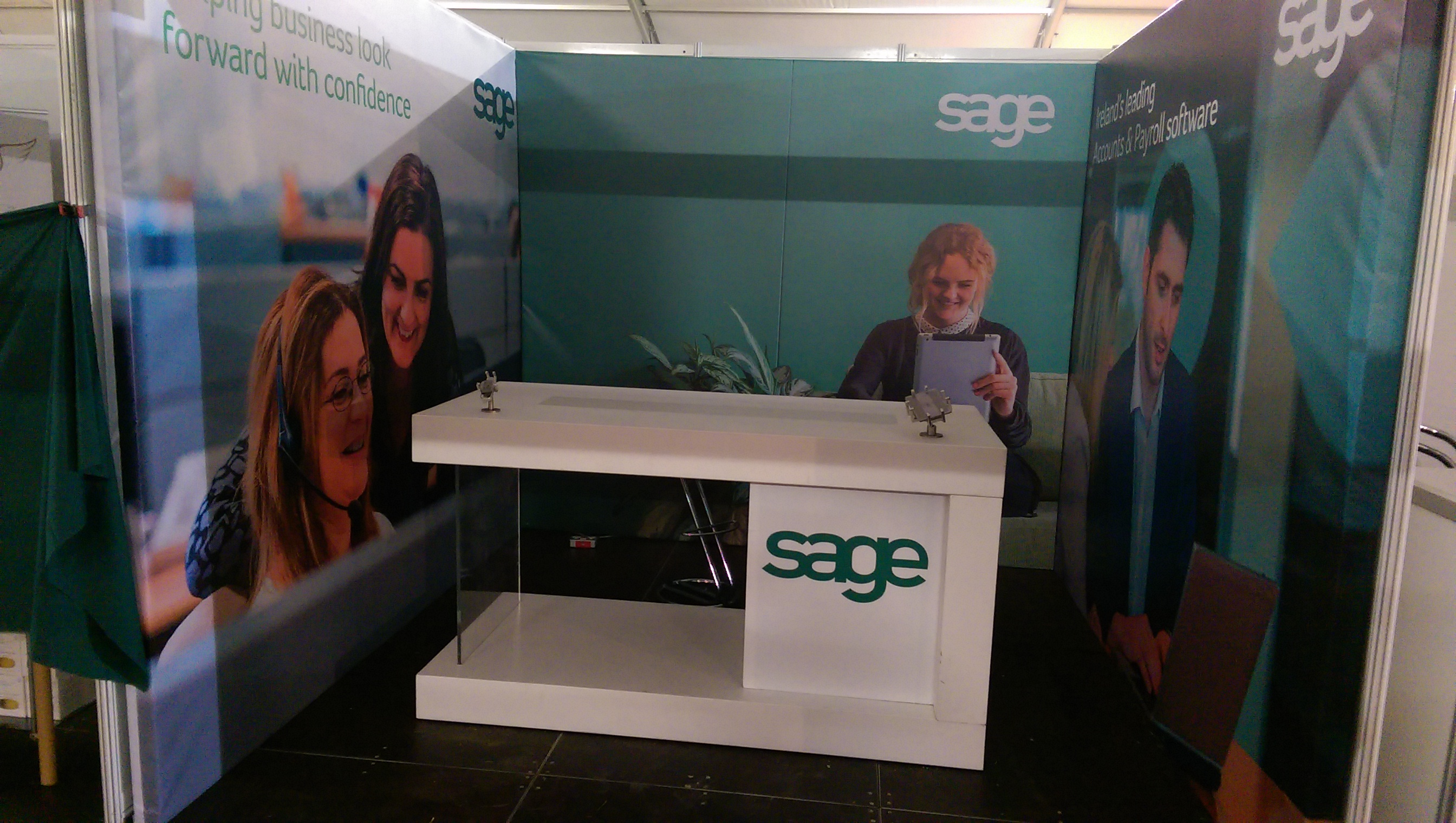 Counter and Backdrop for Sage